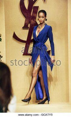 fashion, fashion show, Haute Couture, Paris, Yves Saint Laurent, summer collection 1993, model on catwalk, - Stock Image