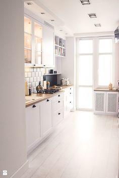 Kuchnia styl Skandynawski Kuchnia - zdjęcie od Meblościanka Studio Kitchen Designs Photos, Kitchen Images, Kitchen Pictures, Kitchen Cabinet Hardware, Kitchen Cabinets, Kitchen Post, Cuisines Design, Interior Design Living Room, Cool Kitchens