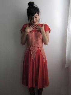 '50s salmon pink dress