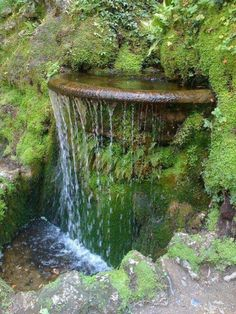 Waterfall in the garden itself extérieur ideas build