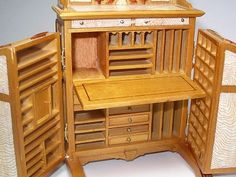 Wooten desk set