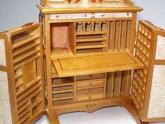 Wooten desk set