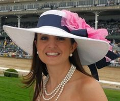 Love this hat (via Kentucky Derby Hats and Dress Hats | Hat-A-Tude)