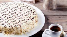 Esterházy-Torte/Esterházy-torta Esterhazy Torte, Pie, Desserts, Food, Vanilla Cream, Pastry Chef, Cooking Recipes, Backen, Torte