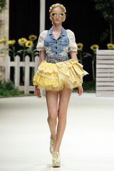 WC - Spring 2013 Ready-to-Wear