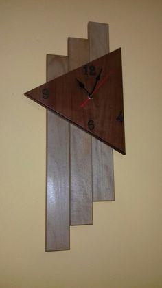 Jam dinding Large Wood Clock, Wood Clocks, Diy Clock, Clock Decor, Craftsman Clocks, Interior Paint Colors For Living Room, Small Woodworking Projects, Modern Clock, Wall Clock Design