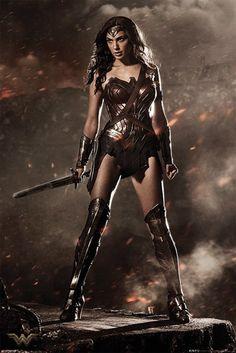 Batman Vs Superman - Wonder Woman - Official Poster. Official Merchandise. Size: 61cm x 91.5cm. FREE SHIPPING