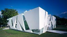 Toyo Ito: Serpentine Gallery Pavilion, 2002, London, UK,