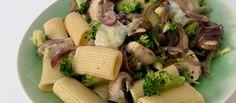 Diez opciones de comidas y cenas felices que rozan el minimalismo pastafariano.