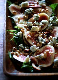 イチジクと木の実、ブルーチーズのサラダ