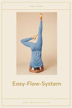"""Deine Oberteile verrutschen immer beim Yoga, ganz besonders bei Umkehrhaltungen? Mit unserem """"Easy-Flow-System"""" sitzt Dein Outfit genau so, wie es sitzen soll, sodass Du Dich voll und ganz auf Deine Yoga-Praxis konzentrieren kannst. Yoga Girls, Yoga Outfits, Yoga Inspiration, Yoga Leggings, Yoga Style, Yoga Mode, Meditation, Pose, Chakras"""