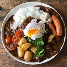 """좋아요 7,896개, 댓글 220개 - Instagram의 Tesshi(@tmytsm)님: """"ハヤシライス Japanese hayashi rice Brown stew pork on rice #yummy #homemade #healthy #rice #brownstew…"""""""