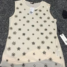 NWT Forever 21 tank Size small sheer front tank with beading back is plain very pretty cream color with extra beads Forever 21 Tops Tank Tops