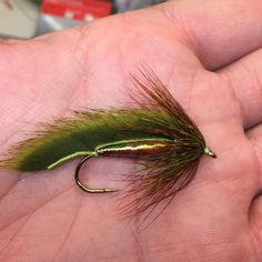 Feliz Navidad. Green goblin style. #flytying #flyfishing #trumpbuster