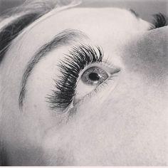 No more melting mascara... come get lashes by Kenna @kennasue91 #seasonssalon #lashesfordays #longlashes #thicklashes #beautifullashes #fulllashes #lashextensions #borboletabeauty @borbeletabeauty @mso_aesthetic ##nomascara #oremlashes #everysinglelash #Padgram