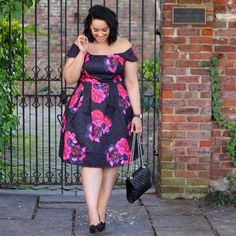 Killer outfits plus-size beauties can rock on the street. Plus Size Fashion Tips, Plus Size Beauty, Curvy Fashion, Girl Fashion, Fashion Outfits, Plus Size Dresses, Plus Size Outfits, City Chic Dresses, Plus Zise