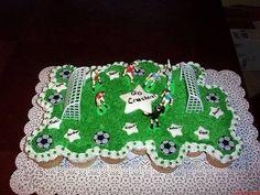 How to Make a Soccer Cupcake Cake