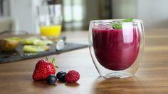 #INTERTRONIC Nutritional Blender - Beeren Smoothie  Man nehme einen INTERTRONIC #NutritionalBlender, verschiedene Beeren sowie Kiwis und ein Glas Orangensaft – und erhalte einen erfrischenden #Smoothie! Der Smoothie versorgt Sie mit der täglichen Portion an #Vitaminen und Nährstoffen. Link zum Video: https://youtu.be/3KyXa0u6ihU