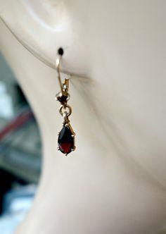Vintage Garnet Drop Earrings by Mosaicsandjewelry on Etsy
