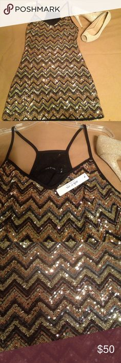 """NWT Ark & Co Sequin Chevron """"Night Out"""" Dress This dress has a chevron pattern all over sequins from top to bottom. The colors are gold, black, silver, bronze. Fully lined, brand-new with tags. By ark and Co., sleeveless, zips up the side mini length. No flaws. Ark & Co Dresses Mini"""