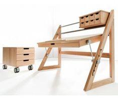 Haba Matti Schreibtisch Anderson Buche von Haba #furnituredesigns Smart Furniture, Custom Furniture, Wood Furniture, Furniture Design, Smart Desk, Drawing Desk, Bedroom Desk, Lap Desk, Wooden Desk