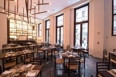 Mere days ago, Danny Meyer's new pizzeria, Marta, opened in the Martha Washington hotel. Now, without further ado, here's a look at...