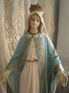 I have been wanting a Mary statue for a while now. Think I may need to break down and buy one this year.