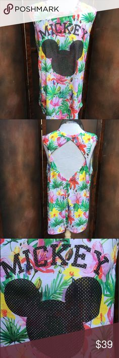 Disney Hawaiian Resort Vacation Top Blouse 2XL 90s Jerry Leigh design - Size 2XL. EXCELLENT PREOWNED CONDITION Disney Tops Blouses