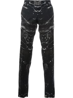 Shop men's regular fit trousers onlinw now at Farfetch. Find designer straight leg trousers for men from thousands of luxury brands, all in one place Mens Fall, Fancy Pants, Fall Collections, Alexander Mcqueen, Leather Pants, Trousers, Menswear, Mens Fashion, Couture