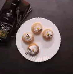Baked sufganiyot doughnuts with lemon rosemary filling will be your new way to celebrate Hanukkah. Easier than frying and just as delicious. Bread Recipes, Gif Recipes, Vegetarian Eggs, Bun Recipe, Jewish Recipes, Instant Yeast, Lemon Curd, Food Videos, A Table