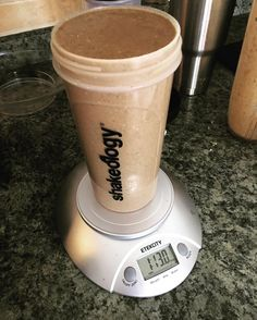 Weighed my shake today. Probably would have been 2 pounds but it all didn't fit in my shaker! My daily does of DENSE nutrition for lunch today! What's in it: Chocolate Shakeology 1/2 cup of old fashioned oats 1 banana 1 cup of frozen kale 2 tsp of peanut butter 16 oz of water Splash of almond milk (like 2 oz) A handful of ice Amazingly healthy. Makes me feel great. And I'll be full till dinner! What more can you ask for?!?