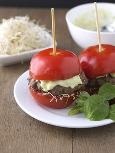 Low Carb Recipes - Tomato Avocado Burgers #keto #lchf #lowcarbs #diet #recipes