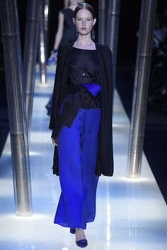 Giorgio Armani Privé Couture Spring 2015 - Slideshow #hautecouture