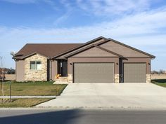 Open House on Sunday! Meticulously Maintained 5 Bed Home in Fargo Fargo Moorhead, Eat In Kitchen, Kitchen Island, Back Deck, Stainless Steel Appliances, Gas Fireplace, Double Doors, Open House, Living Area