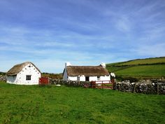 Thatched Cottages and Horny Sheep in Creagneash   See My Travels