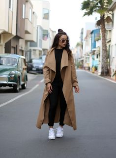 Browse petite outfit inspiration from bloggers with street style we love | 'Curiouser and Curiouser'