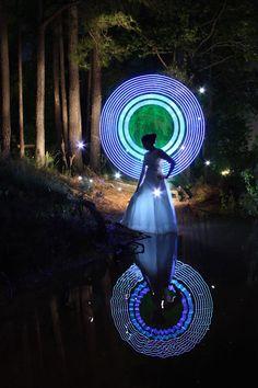 Espectacular Lightpainting! Dennis Calvert