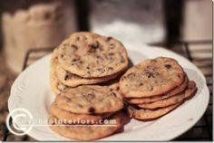 Gluten-free chocolate chip cookies with brown rice flour - Just made these, and they turned out amazing! They looked just like regular cookies. My Mom (who is gluten-intolerent) loved them. 4 stars.