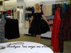 Evelyne essayage au magasin miangemideon@net-ea.com