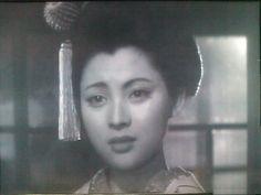 Mariko Okada (岡田茉莉子) Geisha Konatsu