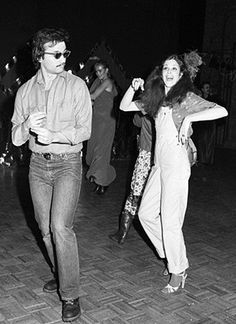 Bill Murray dancing with Gilda Radner at Studio 54
