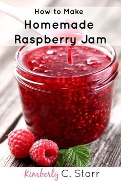 How to Make a Simply Delicious Homemade Raspberry Jam This is the best raspberry jam recipe I've ever tasted! It's easy, doesn't need pectin, and delicious on bread or as a dessert topping. Homemade Raspberry Jam, Raspberry Jam Recipes, Raspberry Jelly Recipe, Raspberry Hair, Raspberry Pancakes, Raspberry Crumble, Raspberry Buttercream, Raspberry Preserves, Raspberry Smoothie
