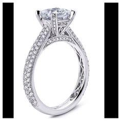 Beautiful Engagement Ring - Princess Cut, Diamond-Pronged Sides