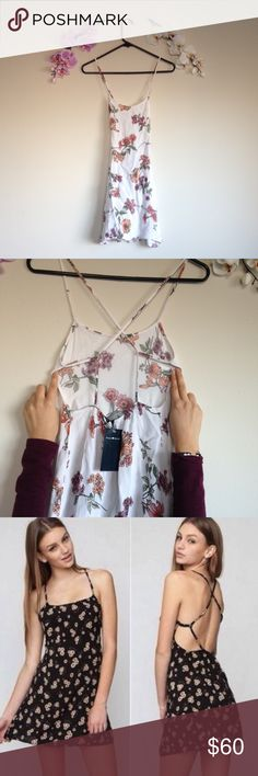 RARE White Lily Rin Dress Brandy Melville open back dress. Beautiful floral pattern. Stretchy waistband. 🅿️🅿️Ⓜ️👍🏼 Brandy Melville Dresses