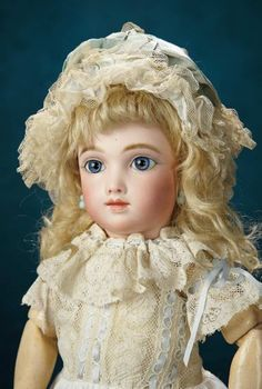 French Bisque Bebe A.T. by Thuillier, Size 5, Blue Eyes and Original Signed A.T. Shoes 17,000/23,000 | Art, Antiques & Collectibles Toys & Hobbies Dolls | Auctions Online | Proxibid
