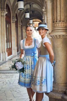 Dirndl Dress, Traditional Dresses, Girl Dolls, Frocks, Casual Looks, American Girl, Bridesmaid Dresses, Summer Dresses, Stylish