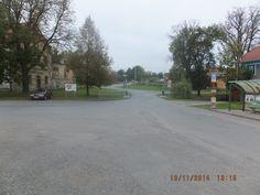 Hay la plaza principal.