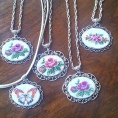 #kanavice kolye #crossstitch #necklaces #gül #kelebek #butterfly #rose #gümüş #ponto cruz #carpiisi ...