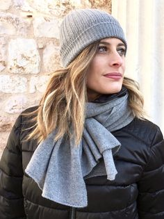 57 Ideas for travel outfit winter cold weather beanie Winter Fashion Casual, Casual Summer Outfits, Winter Outfits, Beanie Outfit, Winter Travel Outfit, Travel Clothes Women, Fall Scarves, Fashion Photography Inspiration, Knitwear Fashion