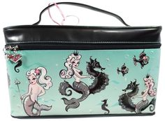 Fluff Pearla Mermaid Queen Train Case